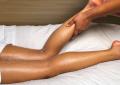 Перфектната грижа за уморени крака през Есента